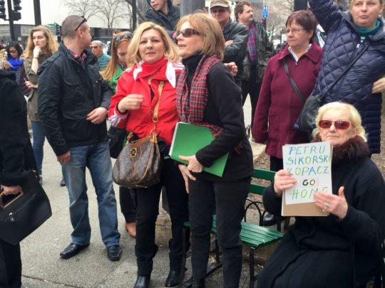 Z Pania Anna Wojtowicz na antykodziarskiej manifestacji.